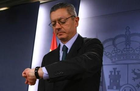 Ruiz-Gallardón, en la rueda de prensa tras el Consejo de Ministros, este viernes.