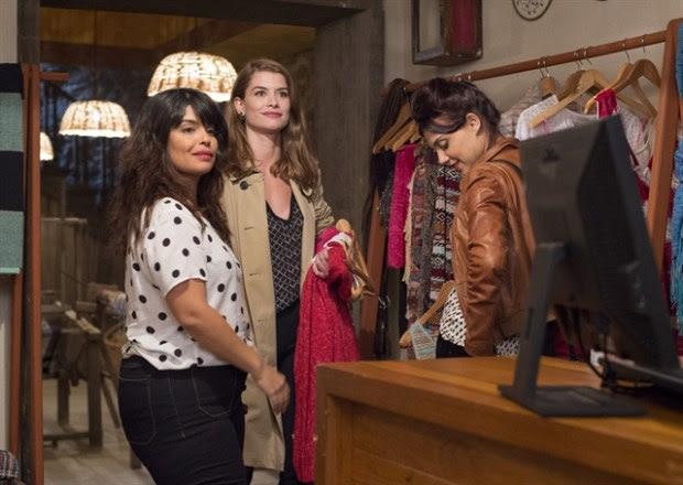 Livia (Aline Moraes), Anita (Leticia Perciles) e Rita (Daniela Fontan) (Foto: Globo / Estevam Avellar)