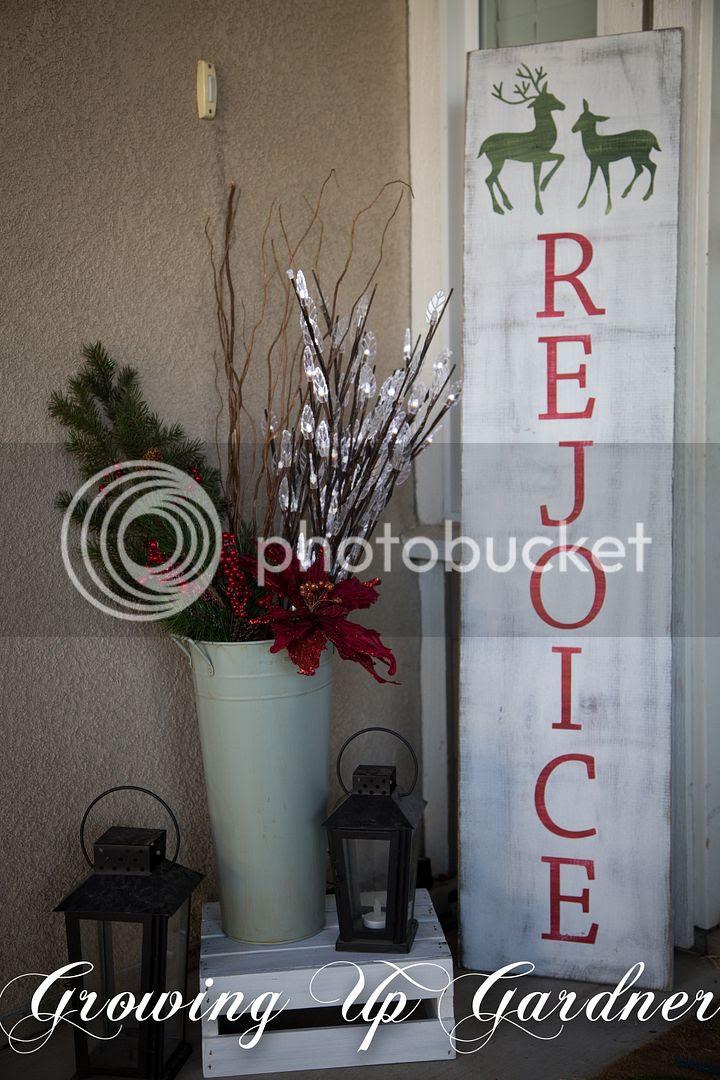 Christmas Porch photo christmasdecor14-6-1.jpg