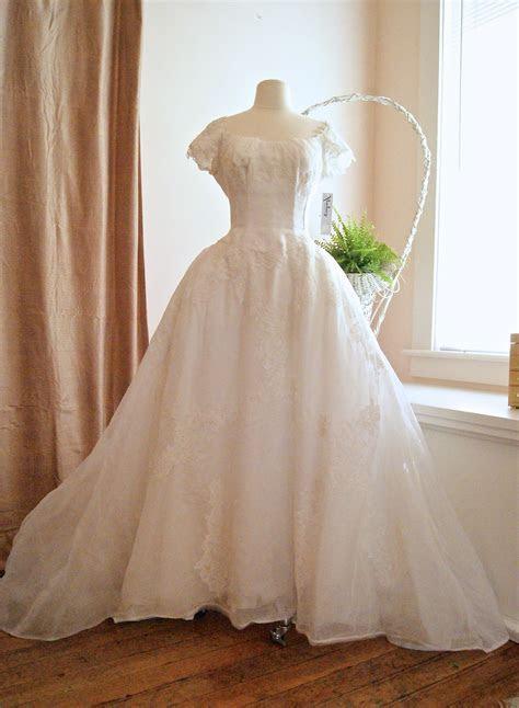 Vintage wedding dress, 1950's Priscilla of Boston