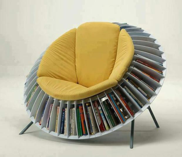 кресло с книгами