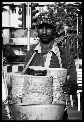 Chane jor garam babu main laaya majedaar by firoze shakir photographerno1