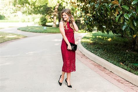 What to wear to a fall wedding   Dress colors, prints