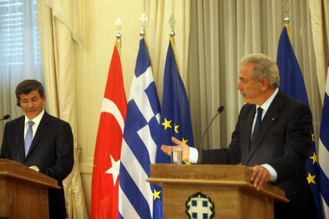 Μέχρι που μπορεί να φθάσει η αλληλεγγύη μας στη Τουρκία έναντι της Συρίας;