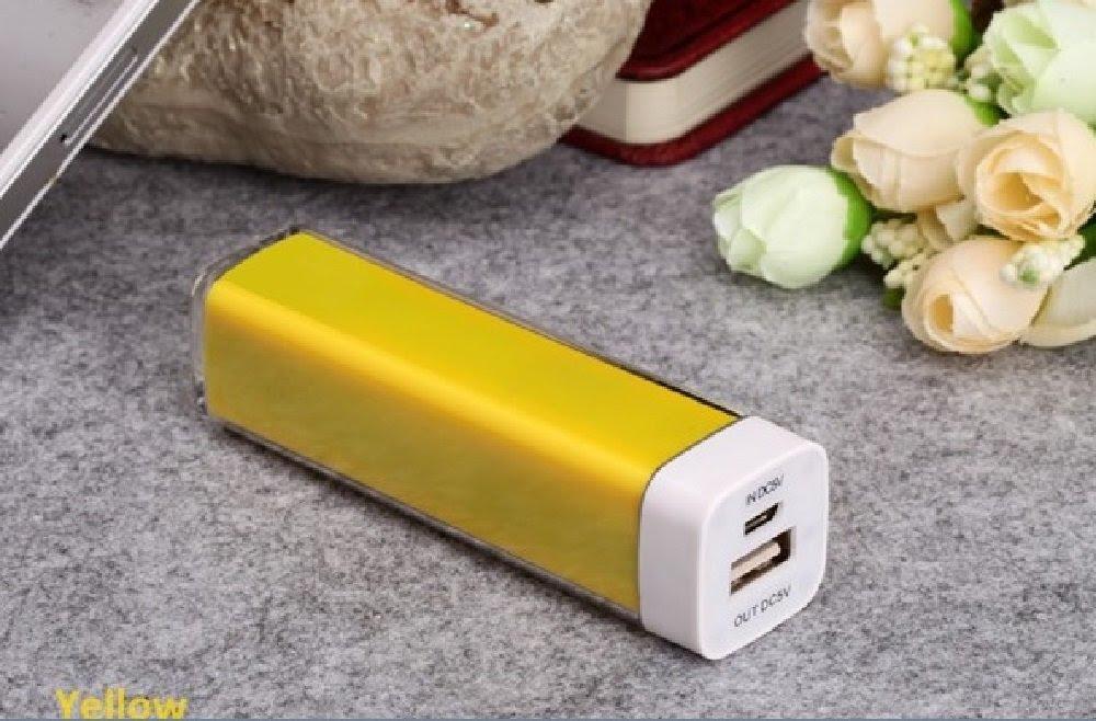 Amazon.com: (Best Seller) Smart Mobile Travel Power Bank Lipstick ...