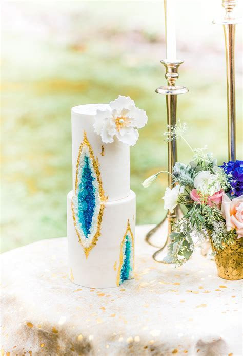Elegant Styled Shoot in Eclectic, Alabama   The