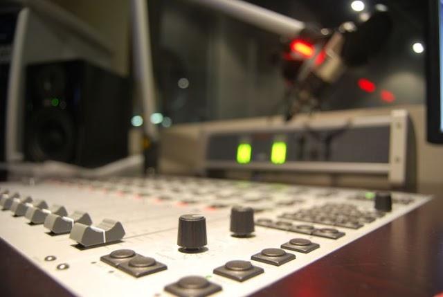 948 rádios AMs poderão mudar para FM em 2016