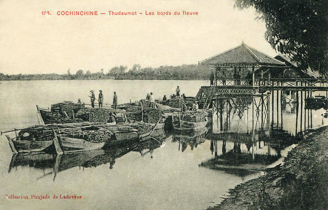 Freight boats on the river THU-DAU-MOT 1900's