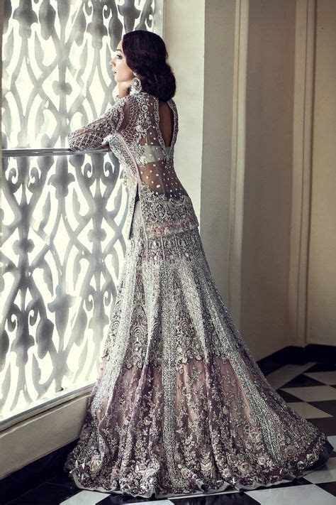 Best 25  Indian wedding dresses ideas on Pinterest