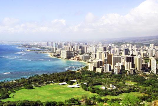 sustainable design, green design, Honolulu Seawater Air Conditioning, Honolulu, deep-sea system, air conditioning, green energy, Waikiki, underwater technology