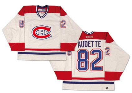 photo MontrealCanadiens01-02jersey.jpg