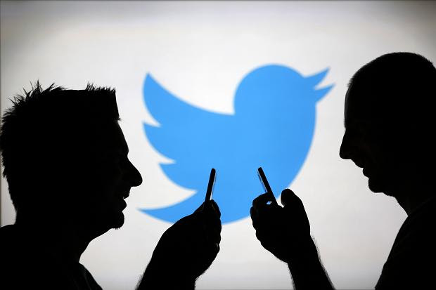 كيف تعرف إذا كان هناك من يستخدم حسابك على تويتر غيرك