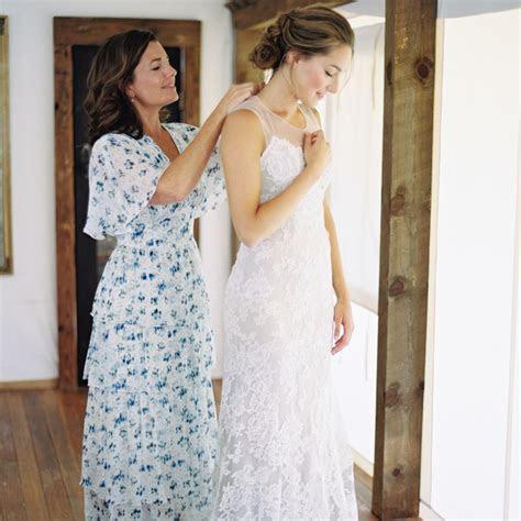 mother wear  long dress   wedding brides