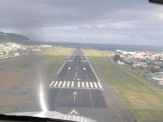 Short final approach for runway 16