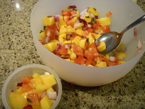 mango and peppers salad