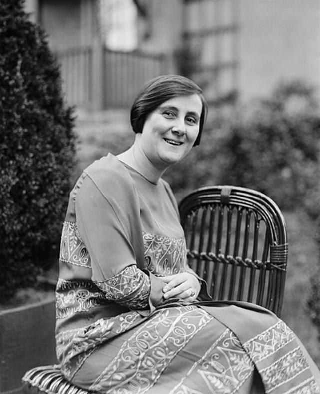 Arquivo: Bertha Lutz 1925.jpg