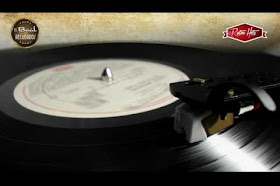 Crowded House - Don't Dream It's Over (From Vinyl Record)