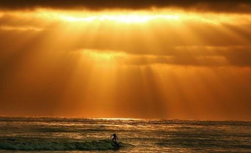 Estudo alerta para tsunami colossal capaz de devastar a Califórnia