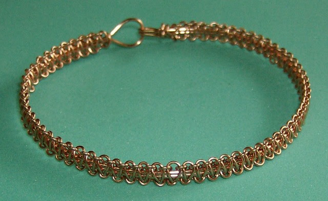 anne's macrame bracelet in wire