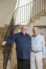 Les cofondateurs de Taglit, Michael Steinhardt (gauche) et Charles Bronfman lors d'une interview à Jérusalem le 4 juin 2015. (Yonatan Sindel/Flash90)
