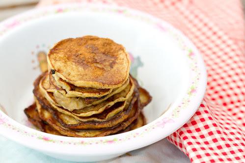 Banaanipannkoogid (gluteenivabad). 2-ingredient pancakes.