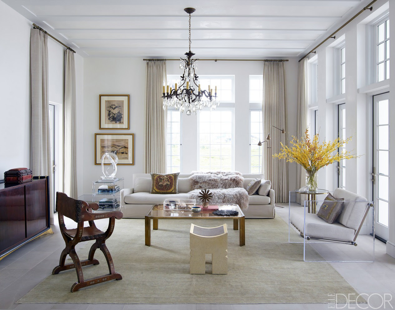 Chic Living Room Decorating Ideas and Design - ELLE DECOR