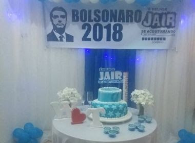 Casal comemora noivado com tema de festa 'Bolsonaro 2018' e fotos repercutem online