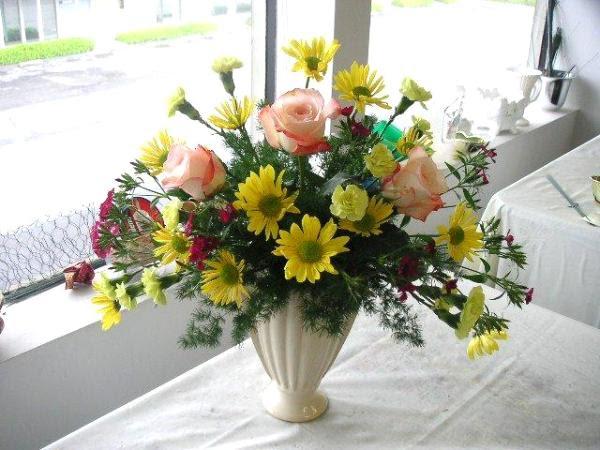 Making Floral Arrangements For Church Decoration California Flower Art Academy