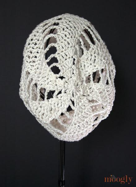 Spinning Verano Slouchy Beanie - patrón de crochet libre en moogly