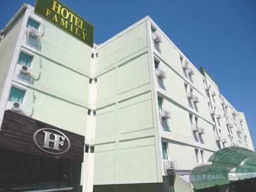 Hotel Family Reviews