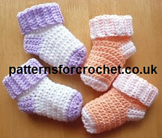 64-baby_socks_small2