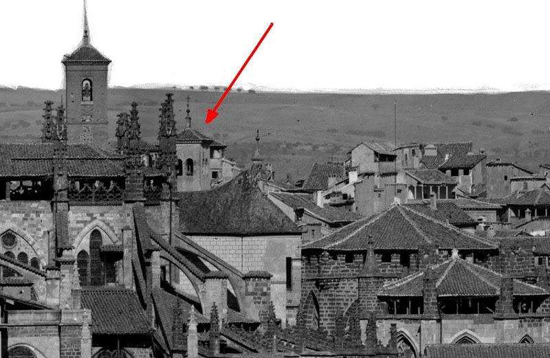 Torre desaparecida de la Iglesia de las Santas Justa y Rufina en 1872. Detalle de una Fotografía de Jean Laurent.© Fototeca del IPCE, Negativo 03003