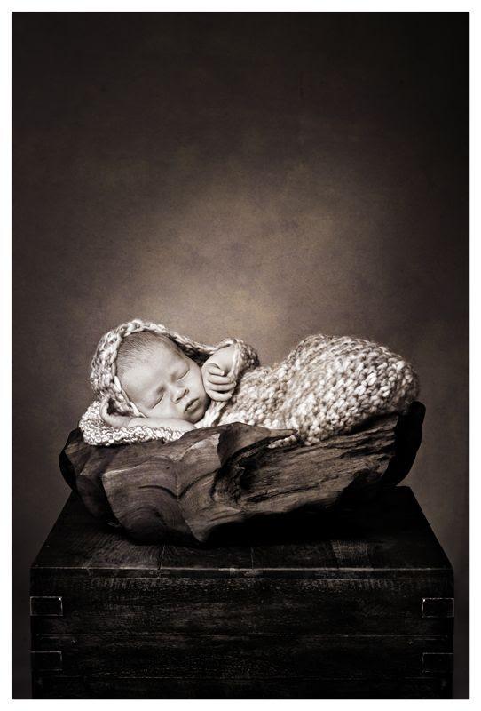 Hertfordshire baby photos,baby portraits hertfordshire