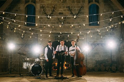 How Much Does A Wedding Band Cost To Hire? // Advice From