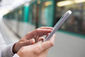 Είναι σημαντικό να κατανοήσουμε τον τρόπο με τον οποίο τα smartphones έχουν εμφιλοχωρήσει στην ανθρώπινη ψυχολογία.