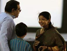 Kanimozhi with her husband aravindan and her Son Adhithyan