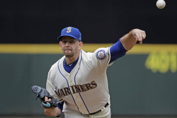 640ab8c3397 James Paxton's Canada Day gem leads Mariners to 1-0 win, sweep over Royals