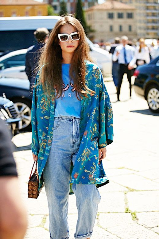 Le Fashion Blog Hippie Chic Street Style Chunky White Sunglasses Printed Kimono Jacket Graphic Tee Vintage Jeans Top Handle Bag Via Buro24/7