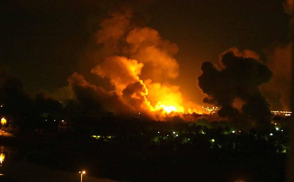 Repórter-fotográfico da Folha registra ataques das forças americanas e britânicas a Bagdá