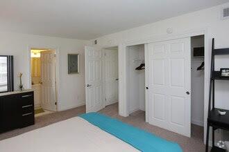 Devonshire Hills Rentals Hauppauge Ny Apartments Com