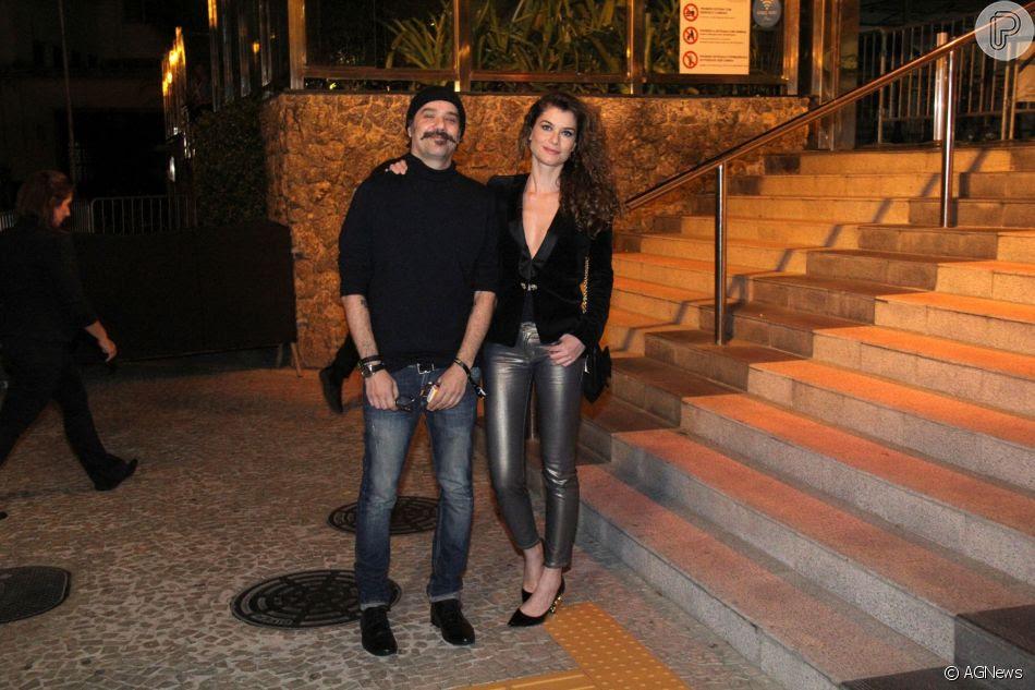 Alinne Moraes e o marido, Mauro Lima, marcaram presença no aniversário de Marina Ruy Barbosa na noite deste sábado, 30 de junho de 2018, no Morro da Urca, no Rio de Janeiro