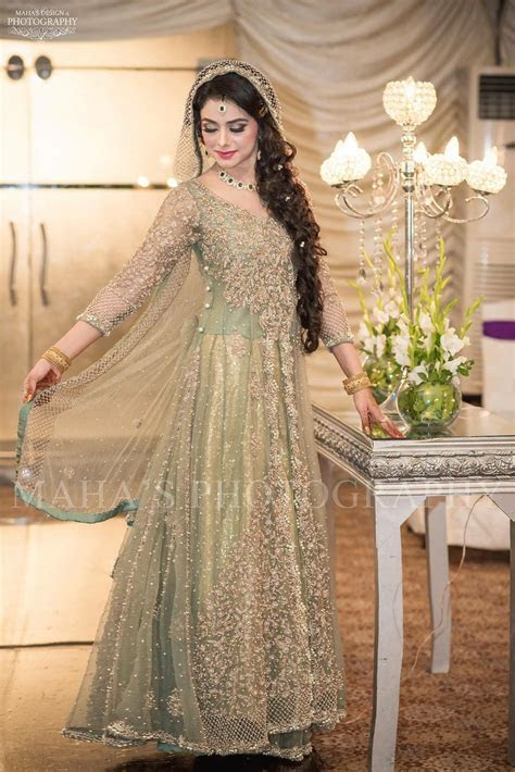 Beutifull bridal maxi in mint green color with dull gold