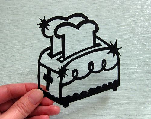 Toaster paper cutting