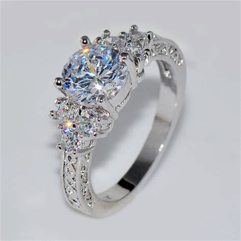 Splendent White Stone Stylish Jewelry Women/Men Wedding