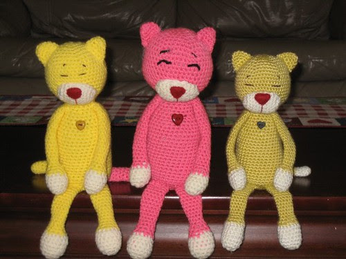 Amineko Crocheted by Friends