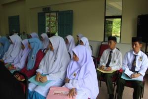 Antara pelajar SMKA Mohamad Ali yang turut serta dalam program ini...