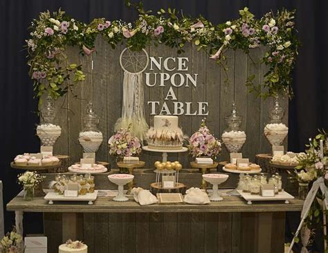 Rustic / country wedding table decoration ideas