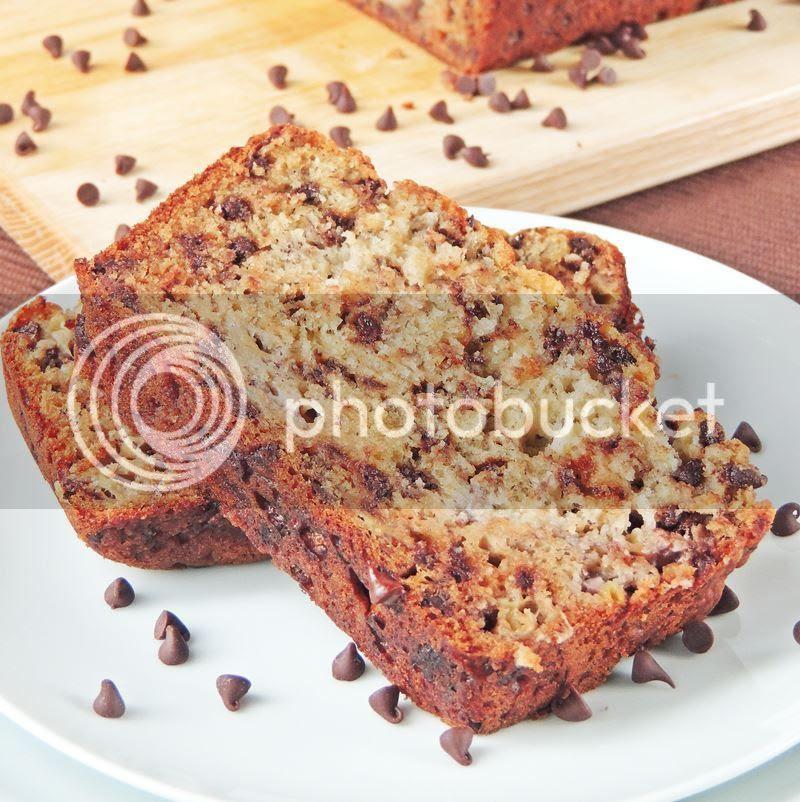 Chocolate Chip Banana Bread from www.bobbiskozykitchen.com