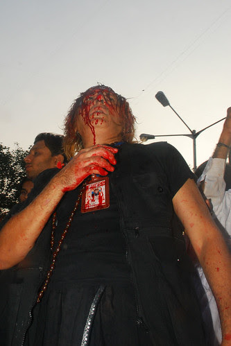 hamari palkon per aanson nahi charaghan hain.... ghame Hussain ko hum roshniii samajhte hain.. by firoze shakir photographerno1