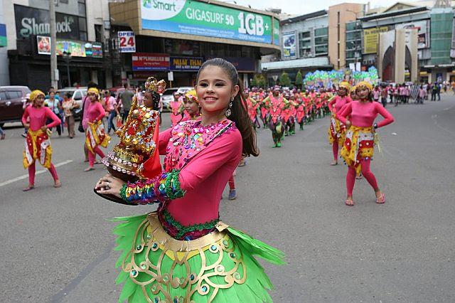 Exclusive - Netizen Identifies This Ginatilan Dancer Who Looks Like